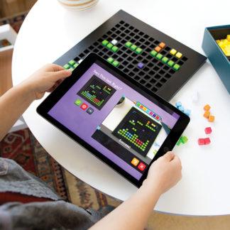 Bloxels Game Builder Starter Kit 1